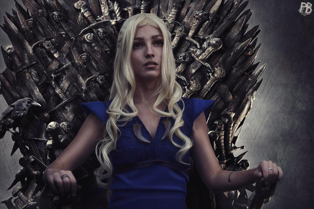 Daenerys Targaryen by elara-dark
