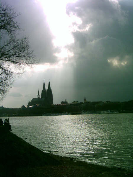 Cologne Cityscape by b0w13