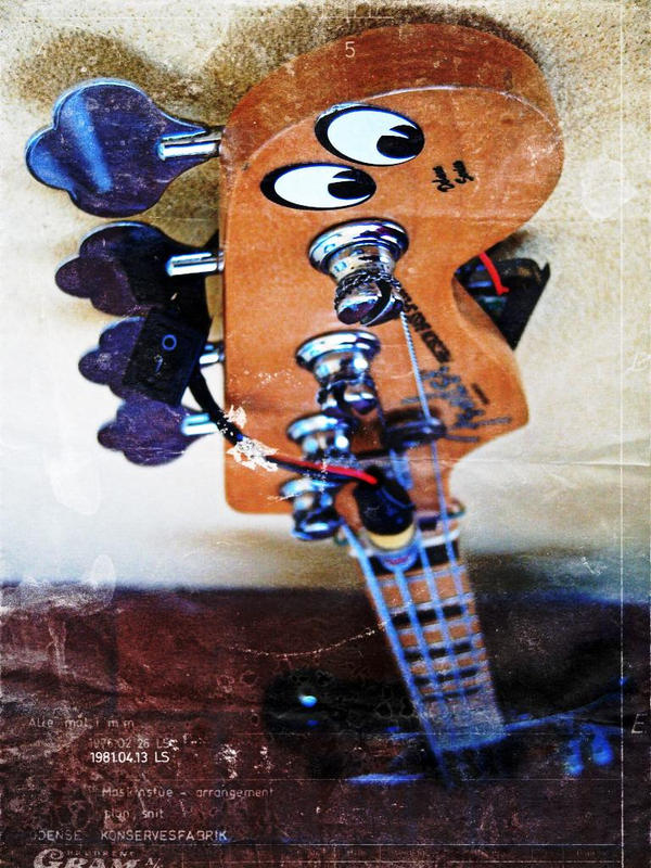 bass guitar by biogio
