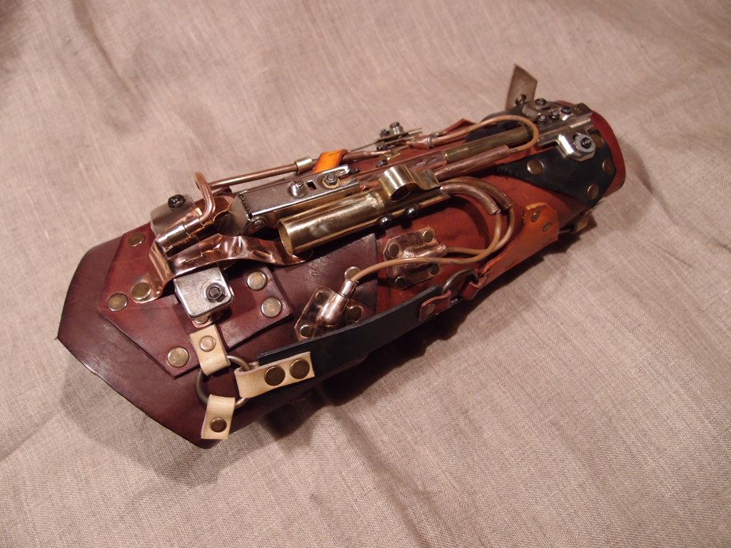 Steampunk arm guard by ChanceZero