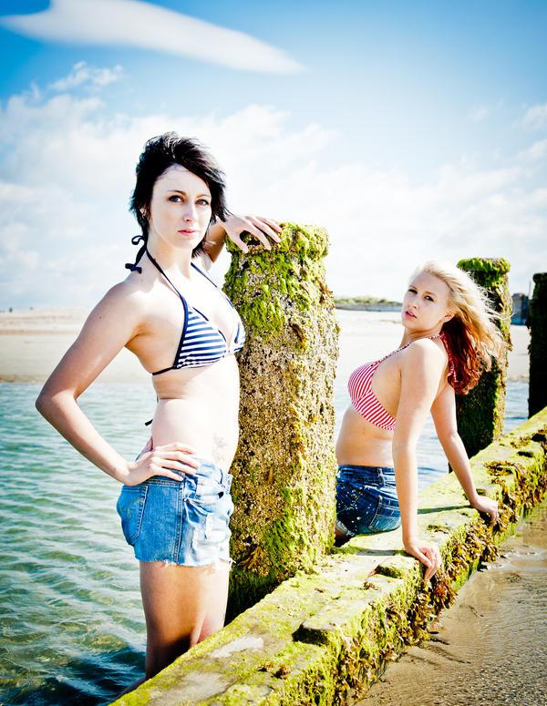 Seaside Girls by EngagingPortraits