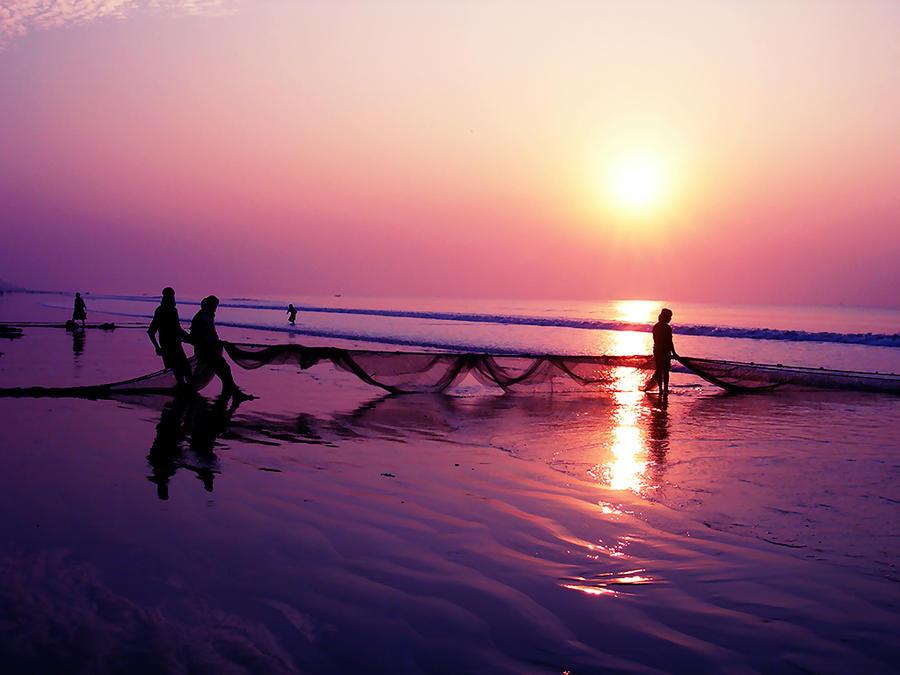 Sunrise in Sea Beach by SubhadipKoley