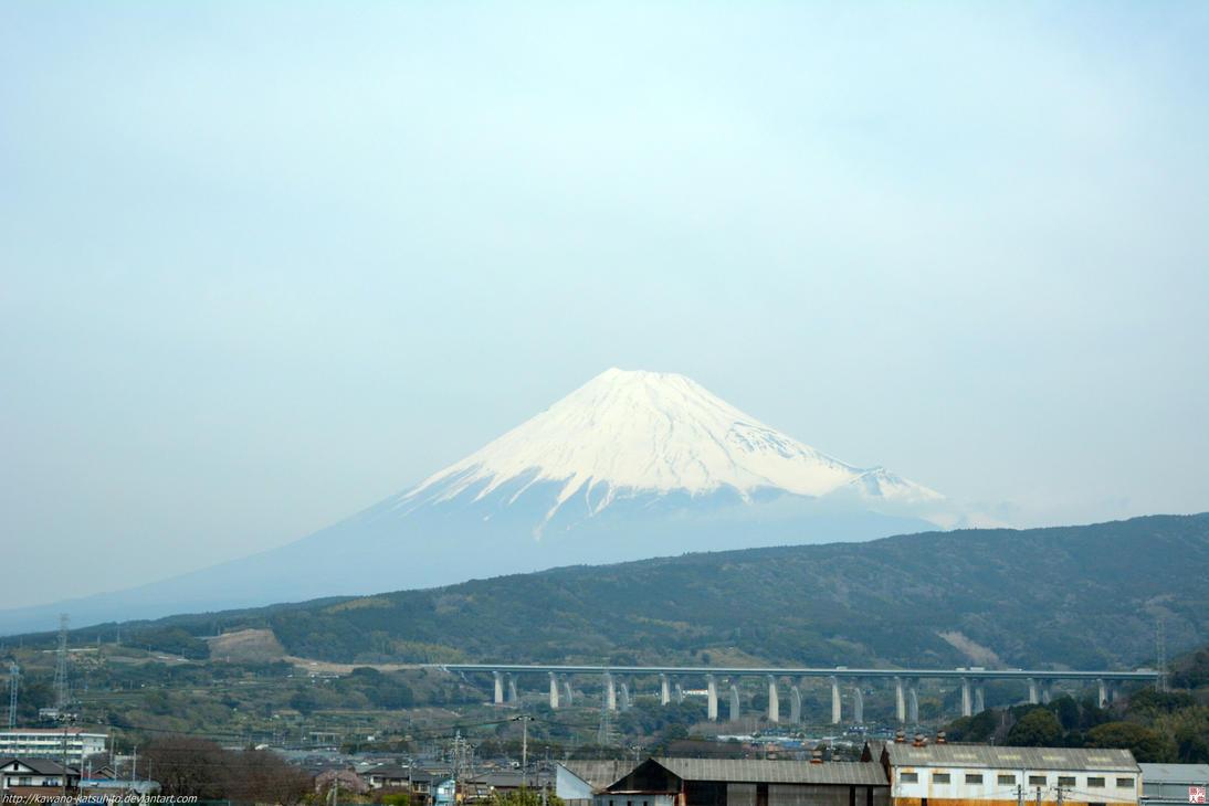 Mount Fuji from Shinkansen by kawano-katsuhito