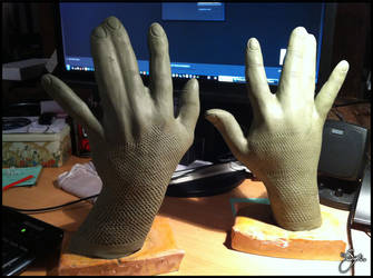 Thane Krios - Cosplay Gloves - 2