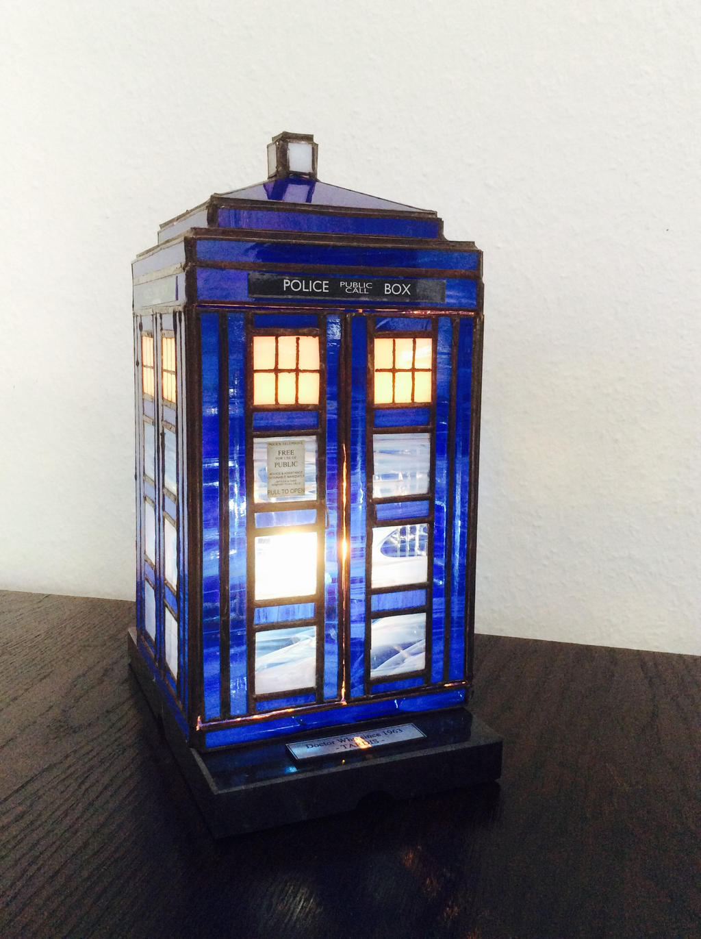 stained glass TARDIS lamp by surya-leilani on DeviantArt
