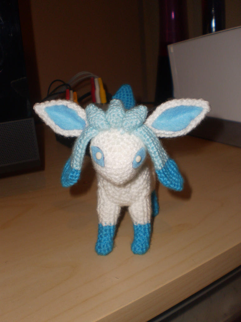 Crochet Shiny Glaceon  front by Surroth