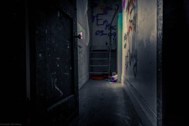 The Sketchy Hall by mandeax