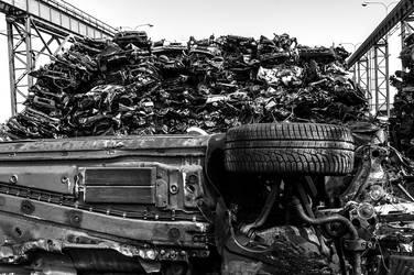 Car wreck by petrpedros