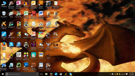 New Desktop(Old Old Charizard pic) by Hellblaze