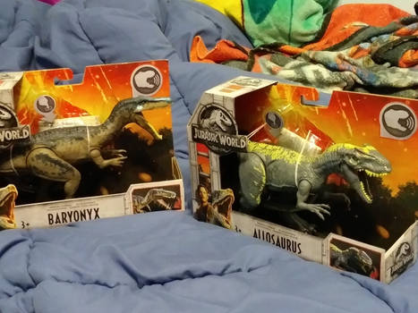 Baryonyx and Allosaurus Jurassic World