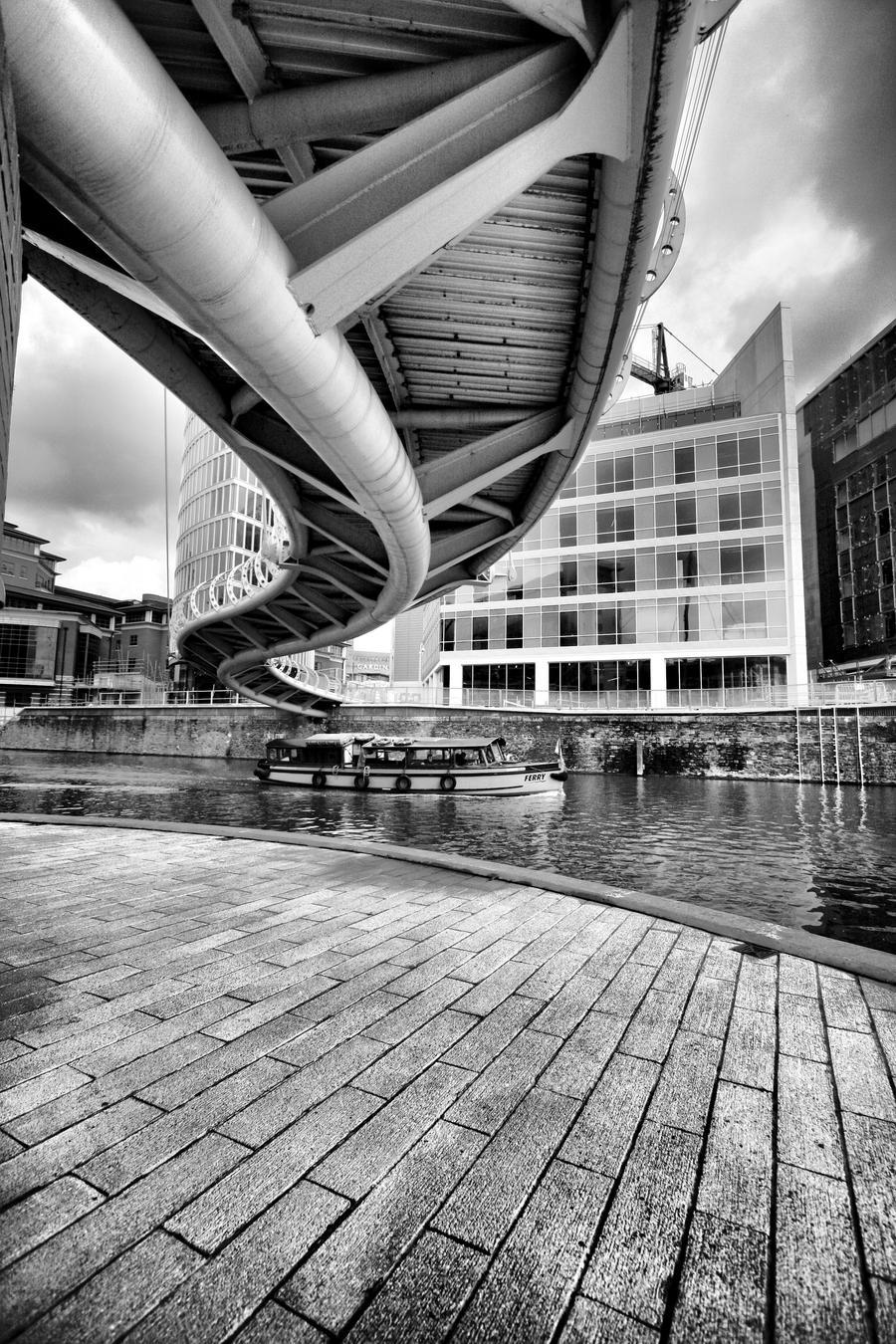Valentines Bridge by j7ugg