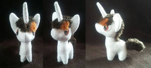 CO-Unicorn mini plushie