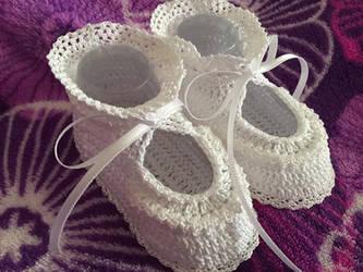 Crochet Booties by dawnsierra