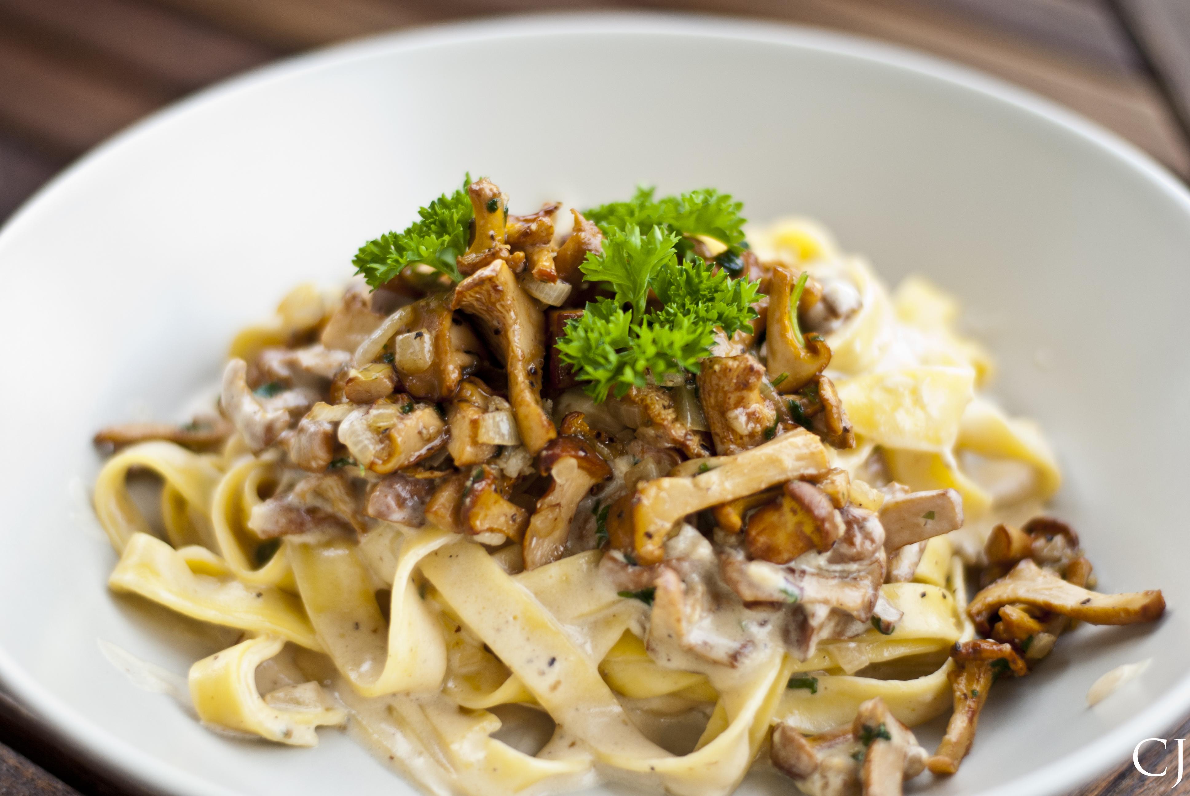 Mushroom pasta v.2 by CJacobssonFoto