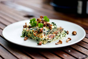 Spinach lasagna with chanterelles by CJacobssonFoto