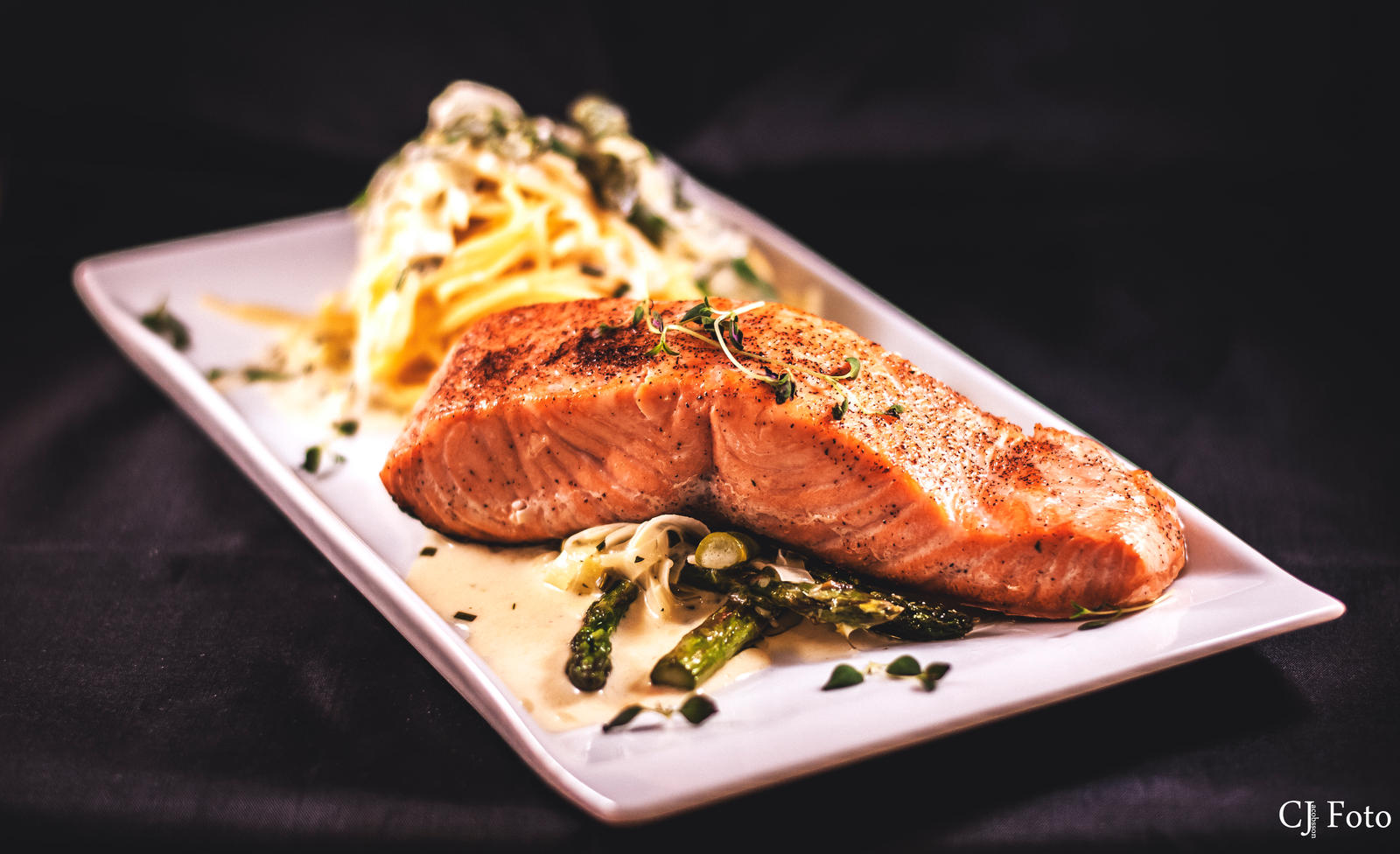 Slowfried salmon with asparagus and a creamy pasta by CJacobssonFoto