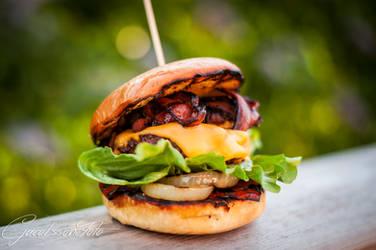 Grilled garlicburger