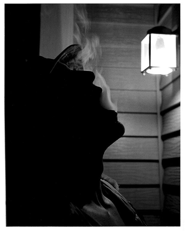 Smoking silhouette by twofuzzysumos