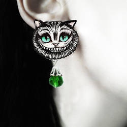 'Cheshire cat' earrings