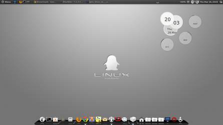 Gray Linux Tux by speedracker