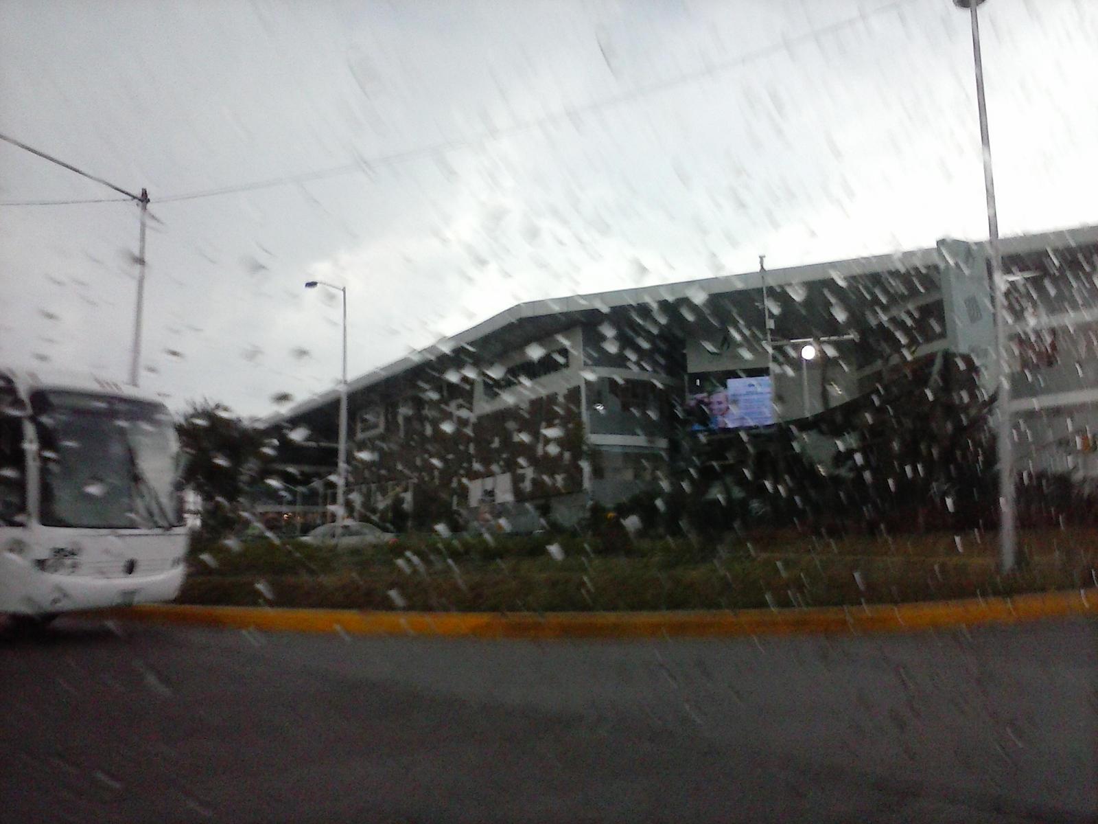 rainy day by 4ellyK