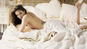 Angelina Jolie by twittie