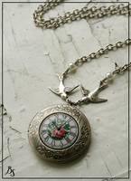 Bird's time locket by BeautySpotCrafts