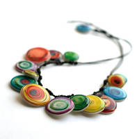Color's swirl necklace