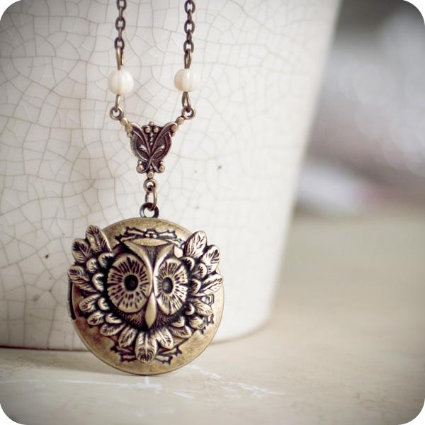 Antique Owl locket vol.2 by BeautySpotCrafts
