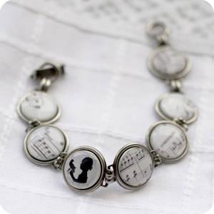 Light melody bracelet