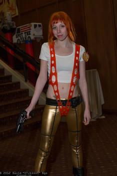 Leeloo cosplay