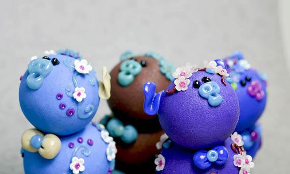Piglets by rainieone