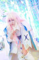 Universal White Bunny by Tominaga-Sei
