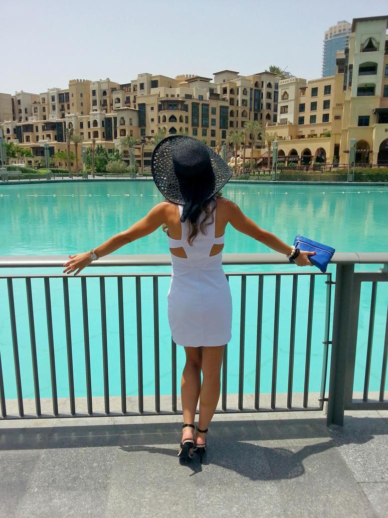 Dubai, Souk Al Bahar by rascy