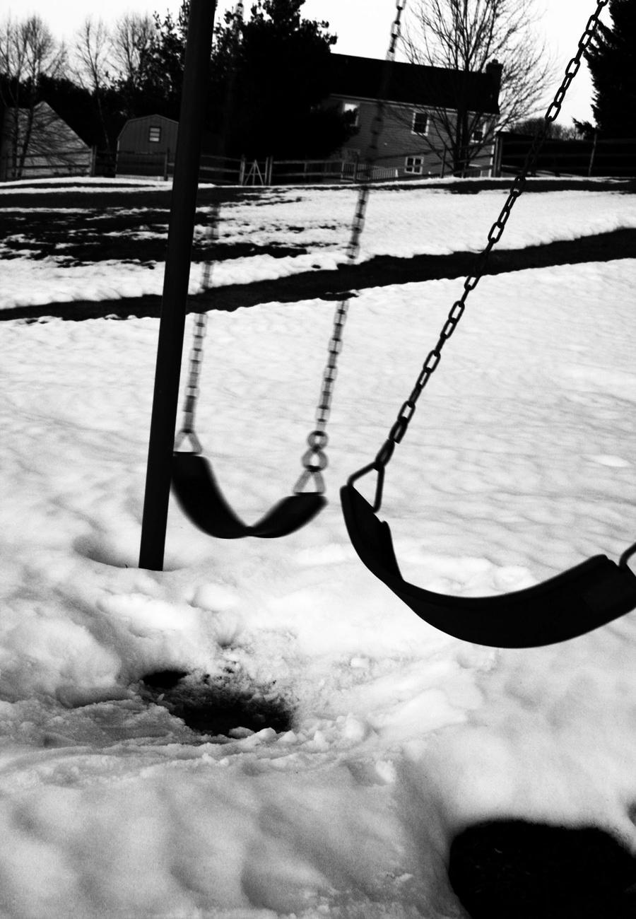 Swings by RachelxxRampage