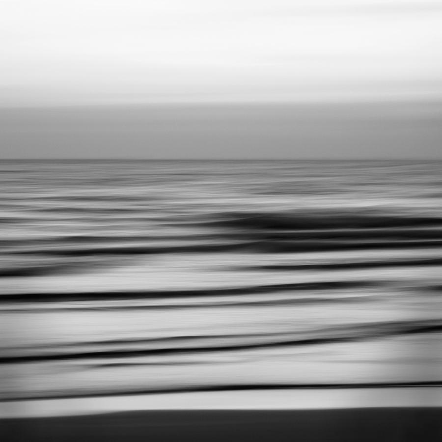 Horizontal by PansaSunavee