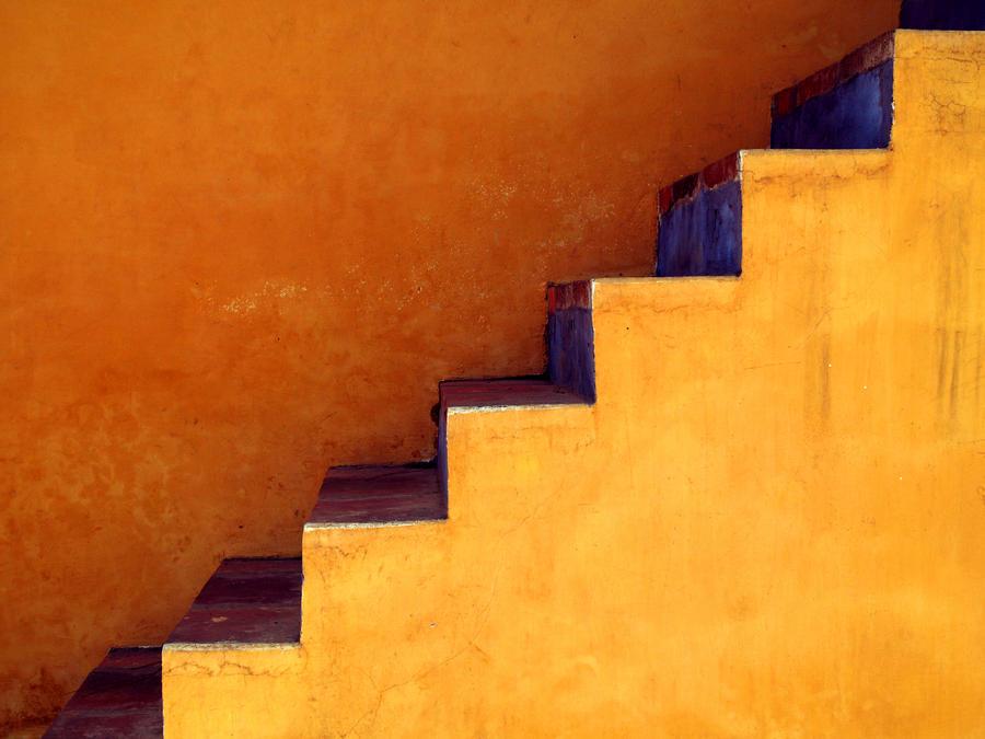 Step by PansaSunavee