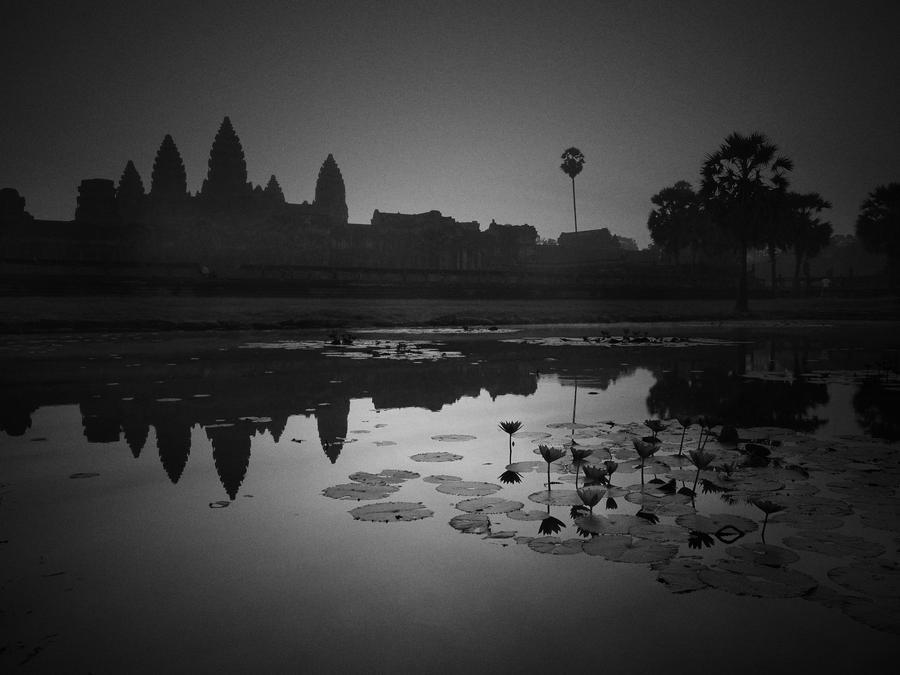 Angkor Wat 2 by PansaSunavee