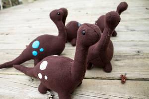 Big Brown Dinos by BeeZee-Art