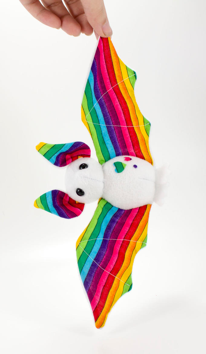 Rainbow bat 2 by BeeZee-Art