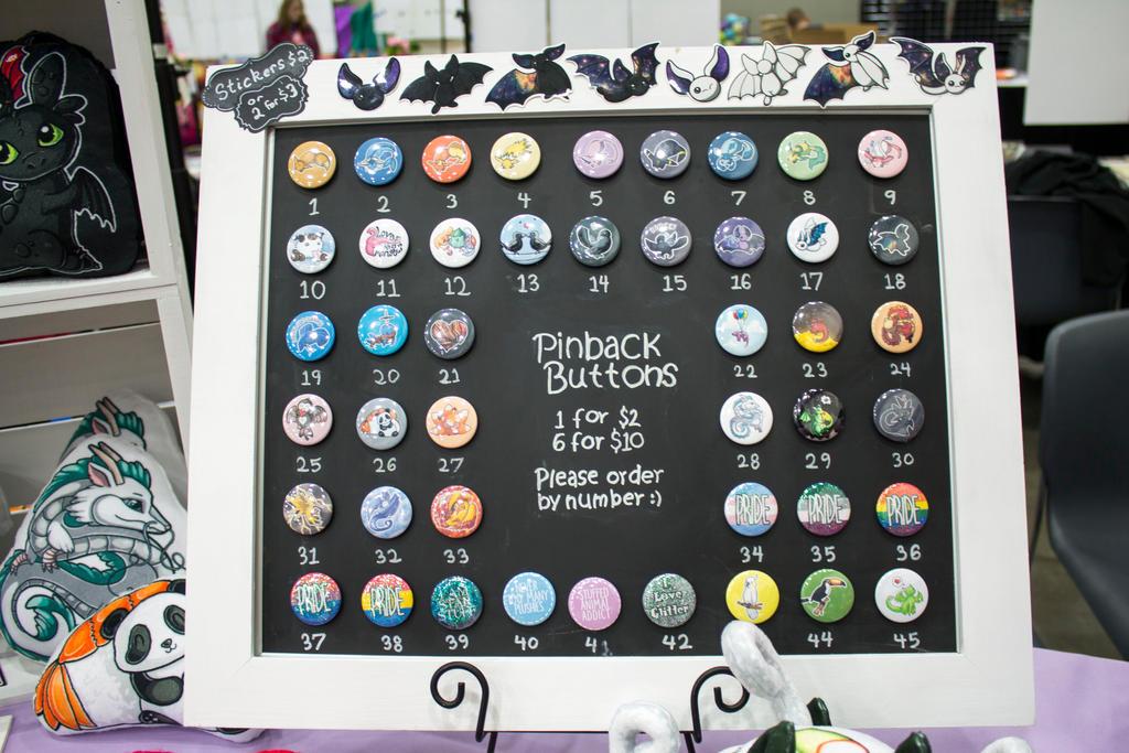 Pinback Button Display by BeeZee-Art on DeviantArt