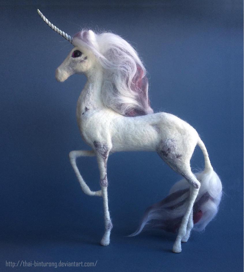 Cloudy lilac unicorn 2 by thai-binturong