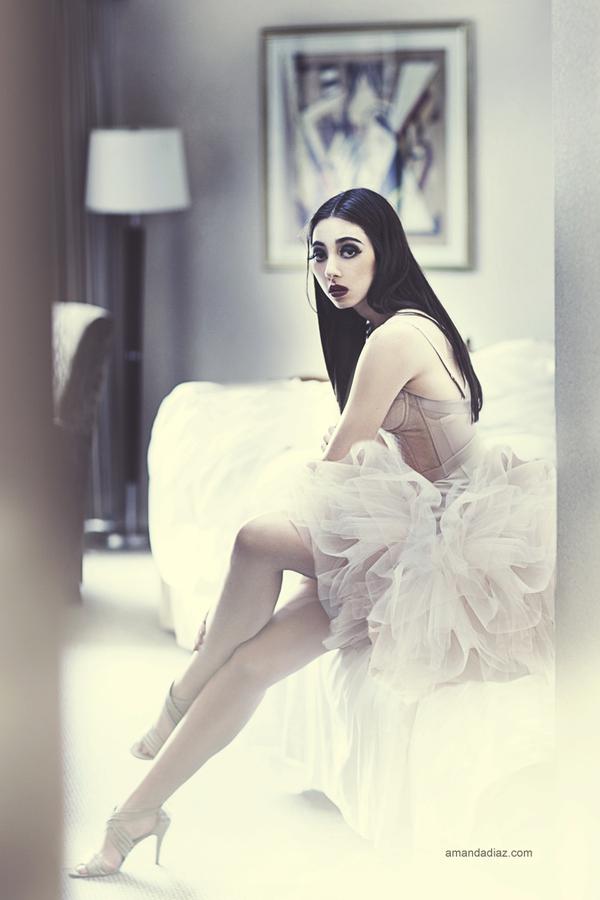 Bella II by Amanda-Diaz