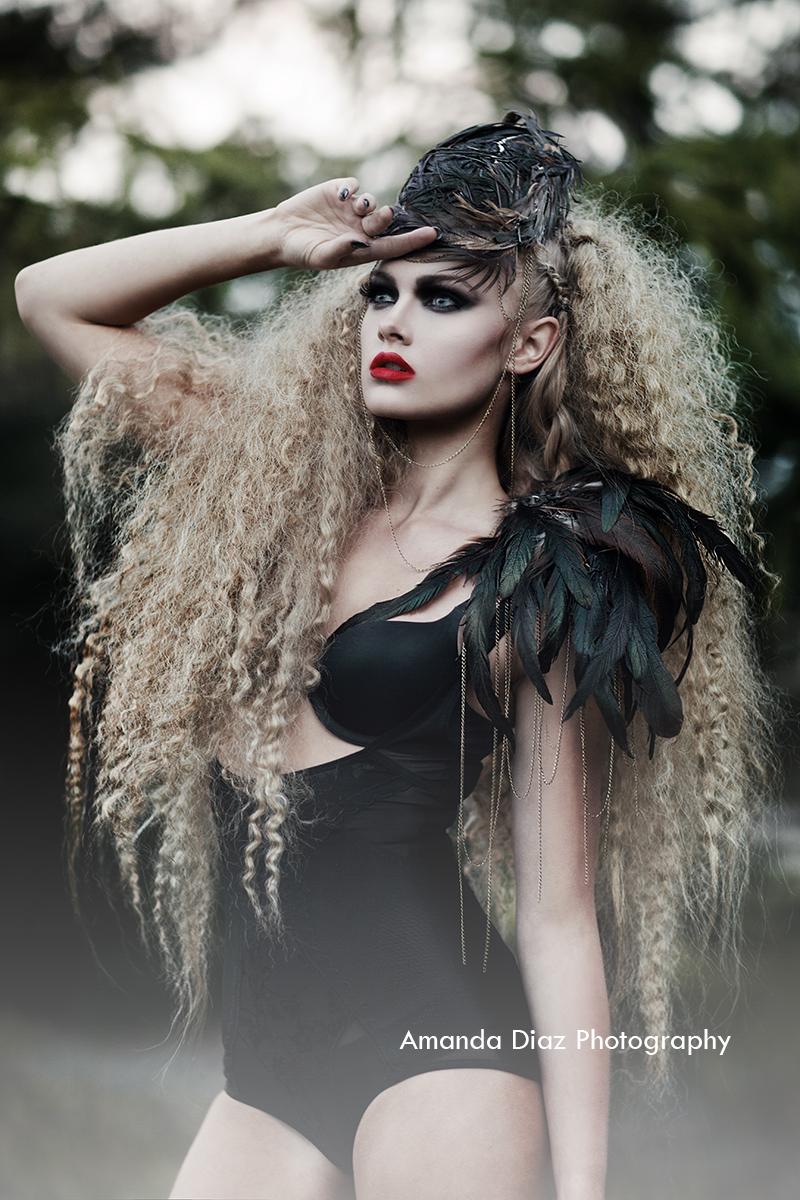Feathers by Amanda-Diaz
