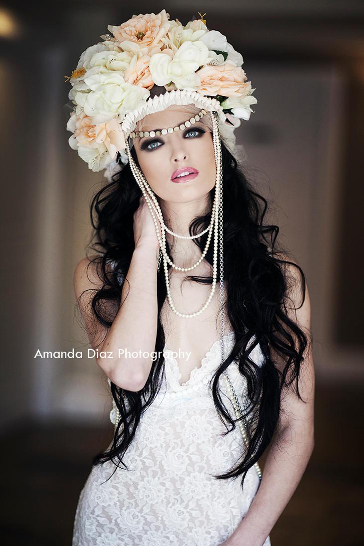 Janelle by Amanda-Diaz