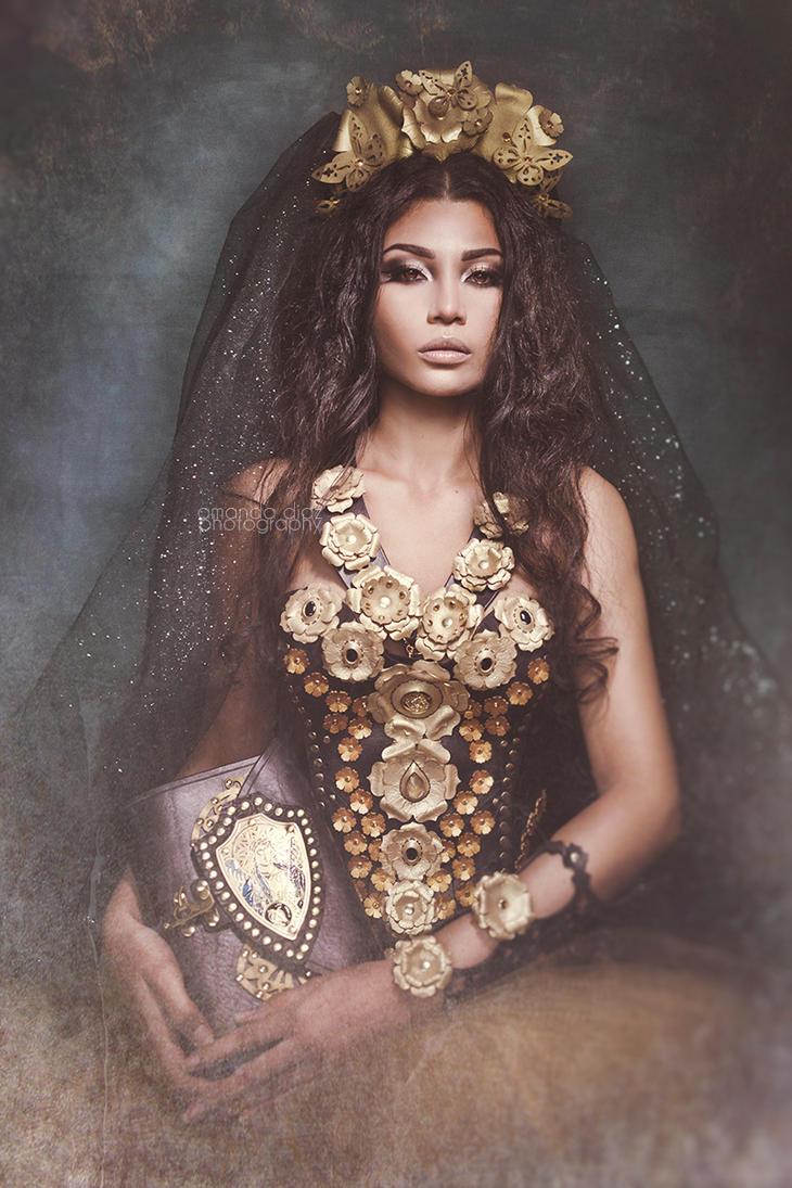 Her Majesty by Amanda-Diaz
