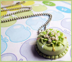 Green Cake Necklace