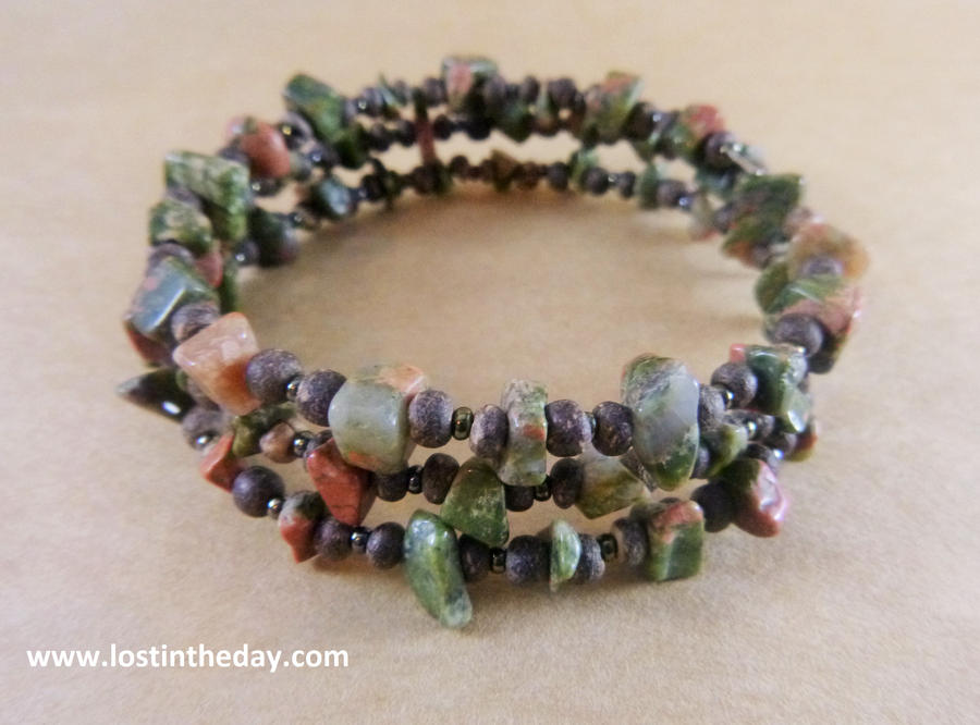 Unakite Memory Wire Bracelet by Lost-in-the-day