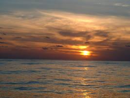 ocean sunset by strwberrystk