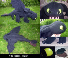 Toothless Plush by nooby-banana